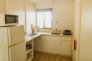 Timber Cottage kitchen